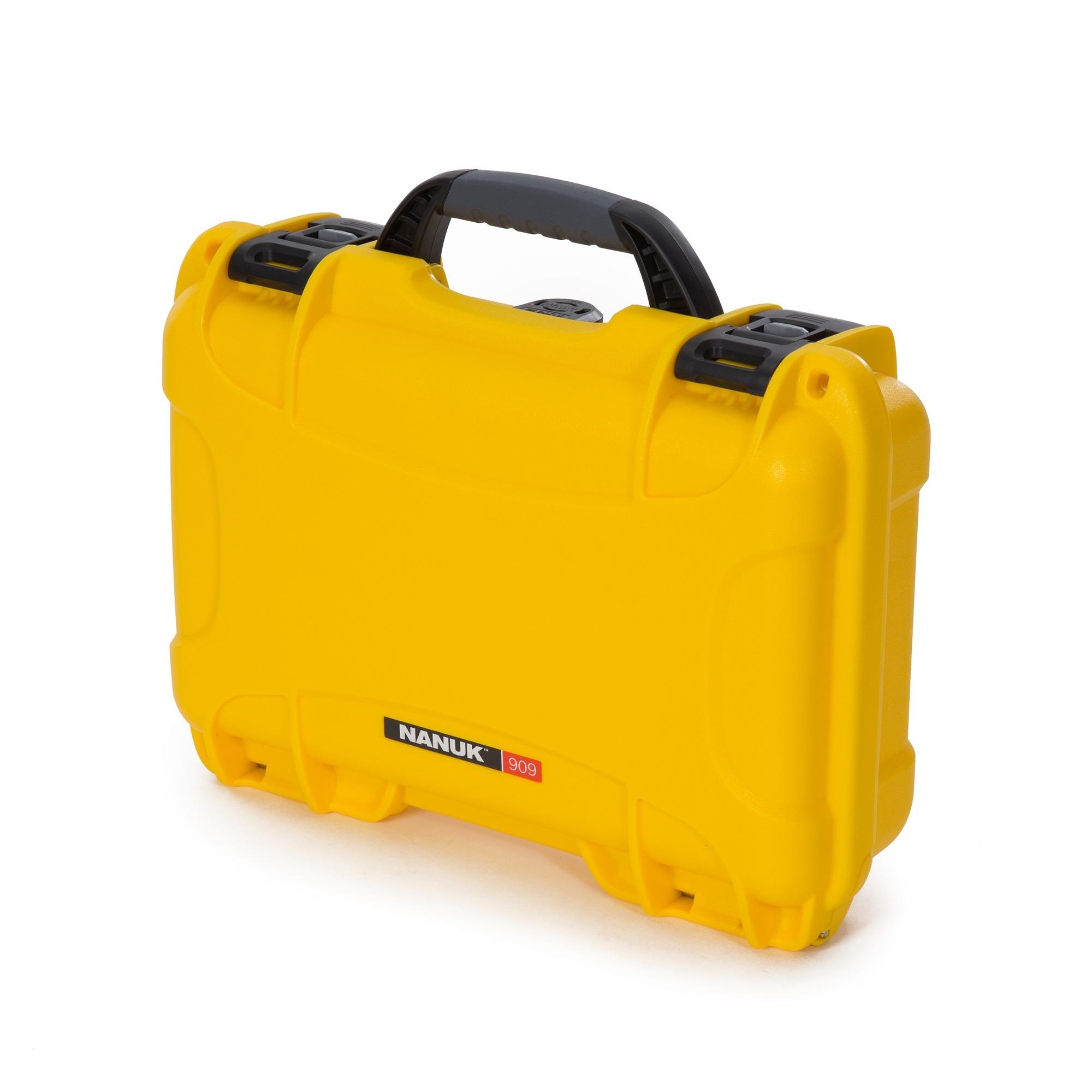 Nanuk 909 – yellow