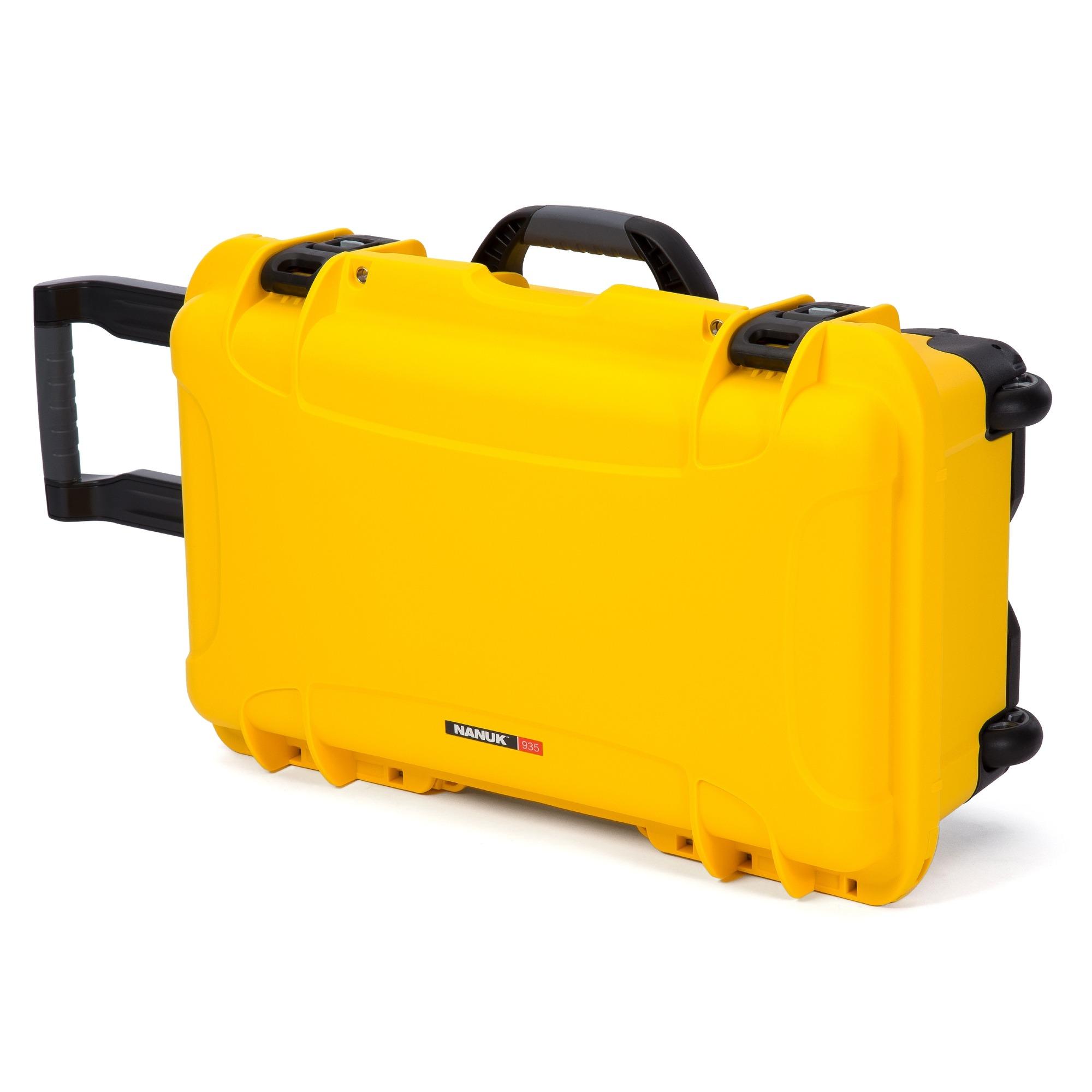 Nanuk 935 – Yellow